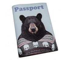 Кожаная обложка для паспорта -Медведь в свиторе-