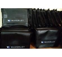 Корпоративный заказ на мужские сумки с логотипом компании